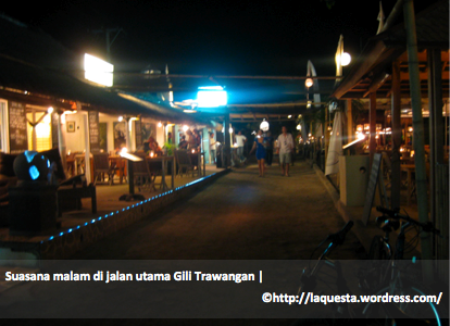 deretan kafe di jalan utama Gili Trawangan